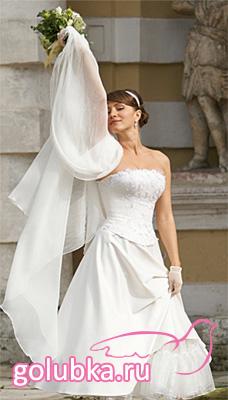 Свадебные платья для невысоких девушек с фото